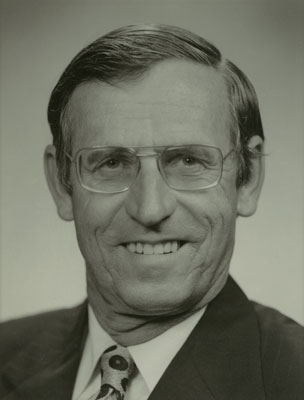 1975-1983 Controller and Auditor-General.