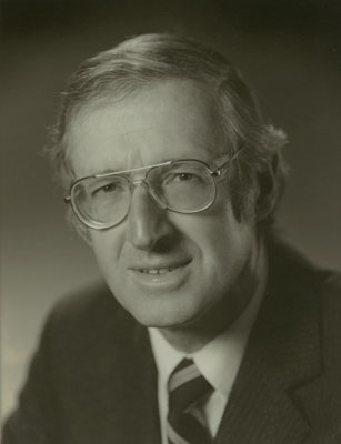 1983-1992 Controller and Auditor-General.