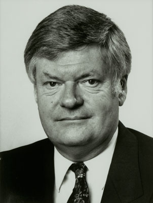 1992-1994 Controller and Auditor-General.